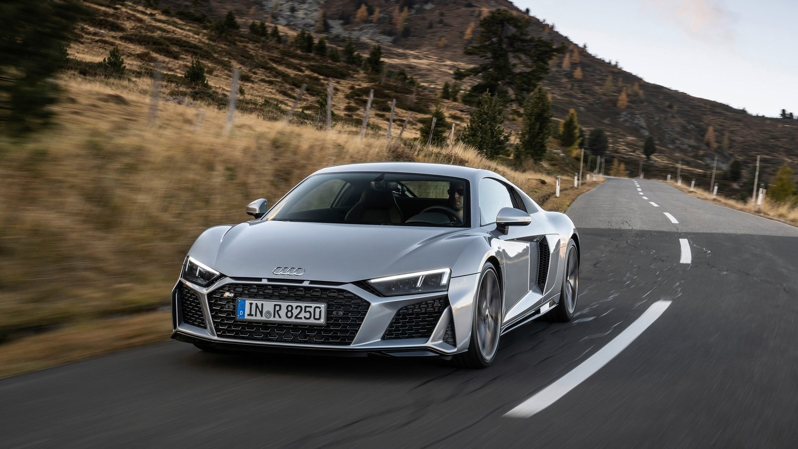 Audi-R8_V10_RWD-2020-1600-07