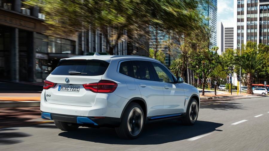 BMW-iX3-2021-1600-27