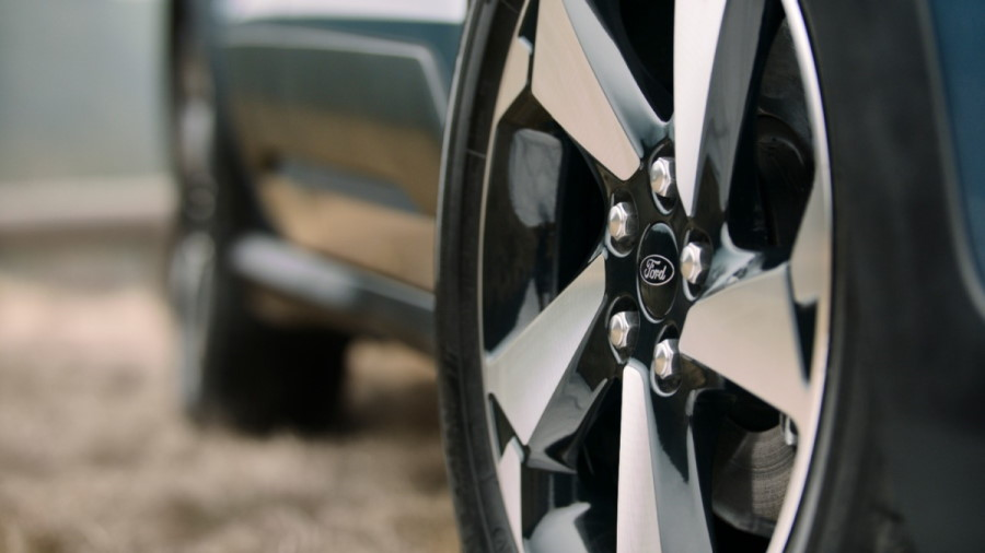 FORD_2020_TRANSIT_CONNECT_ACTIVE_WHEEL_DETAIL_GUX