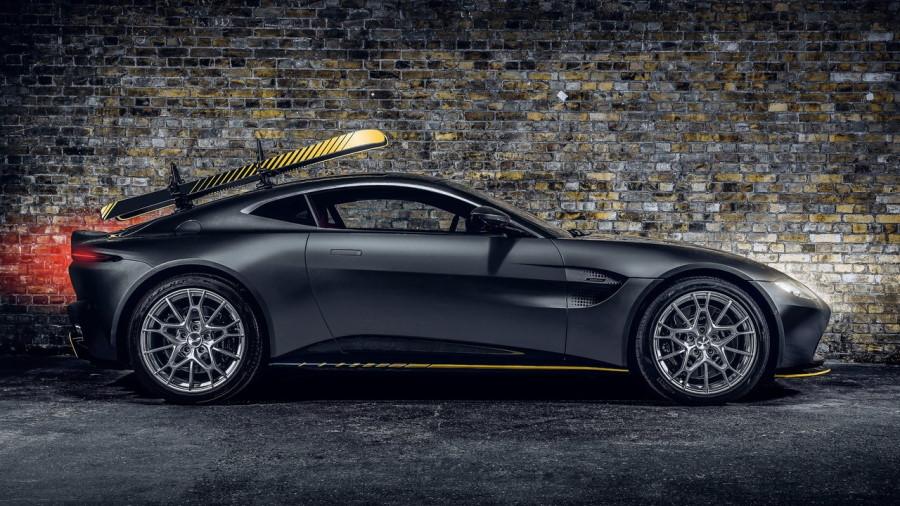 Aston_Martin-Vantage_007_Edition-2021-1280-03