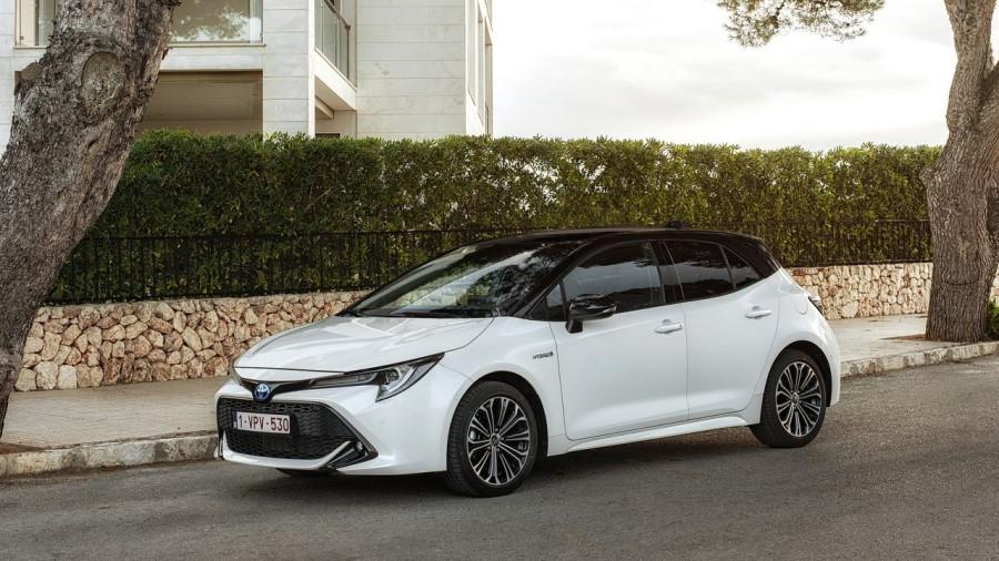 Toyota-Corolla_Hatchback_EU-Version-2019-1280-04