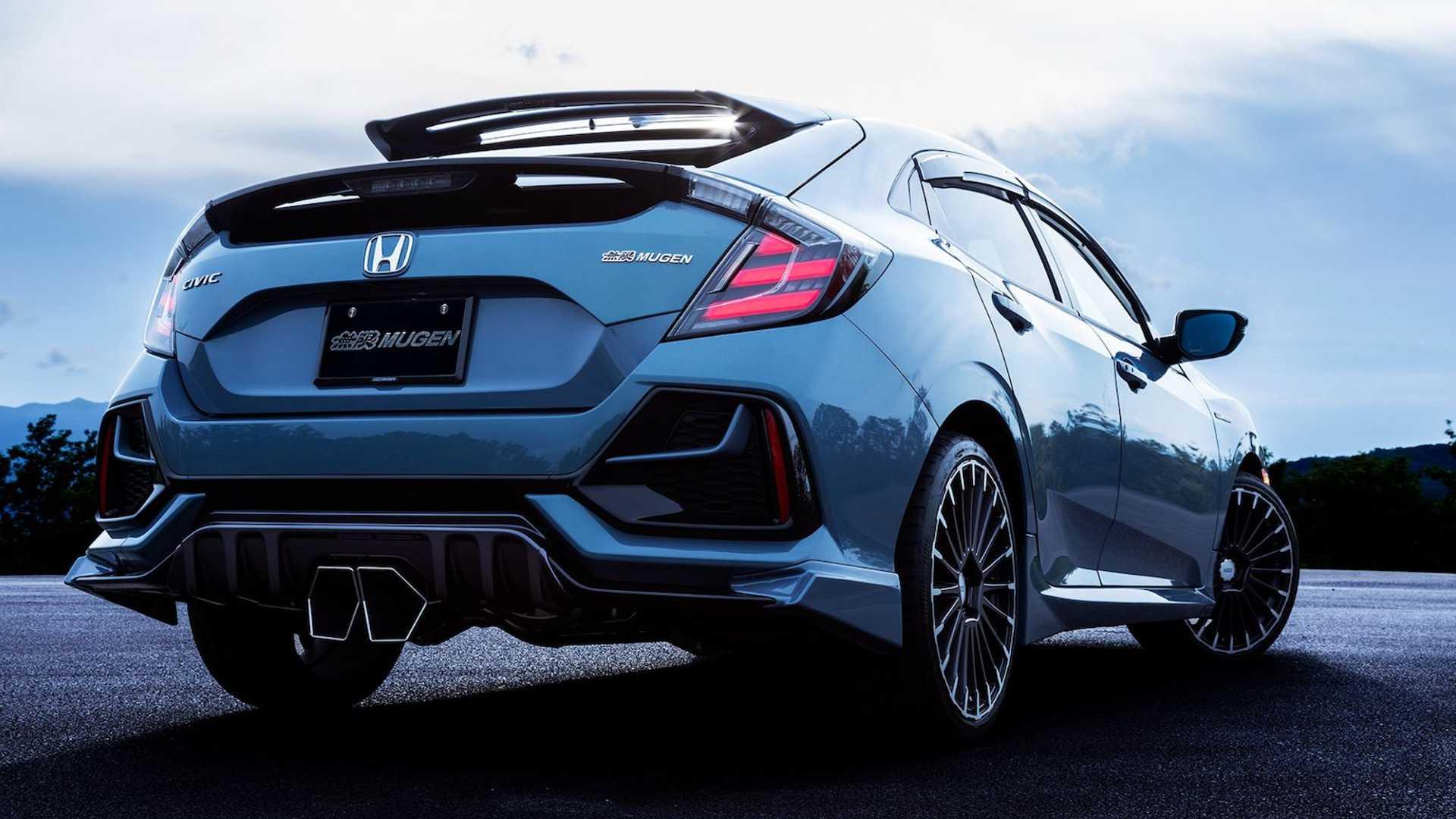 honda-civic-hatchback-mugen---rear-beauty-high-contrast