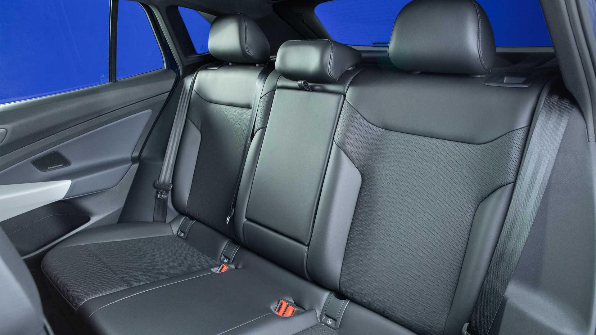 2021-volkswagen-id.4-interior-seats (1)