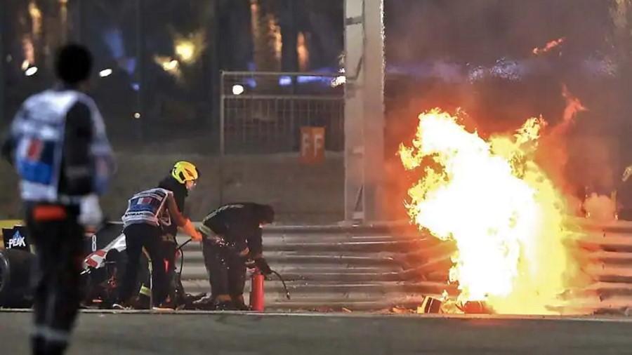 1th2aqo8_romain-grosjean-crash-bahrain-gp-afp_625x300_29_November_20
