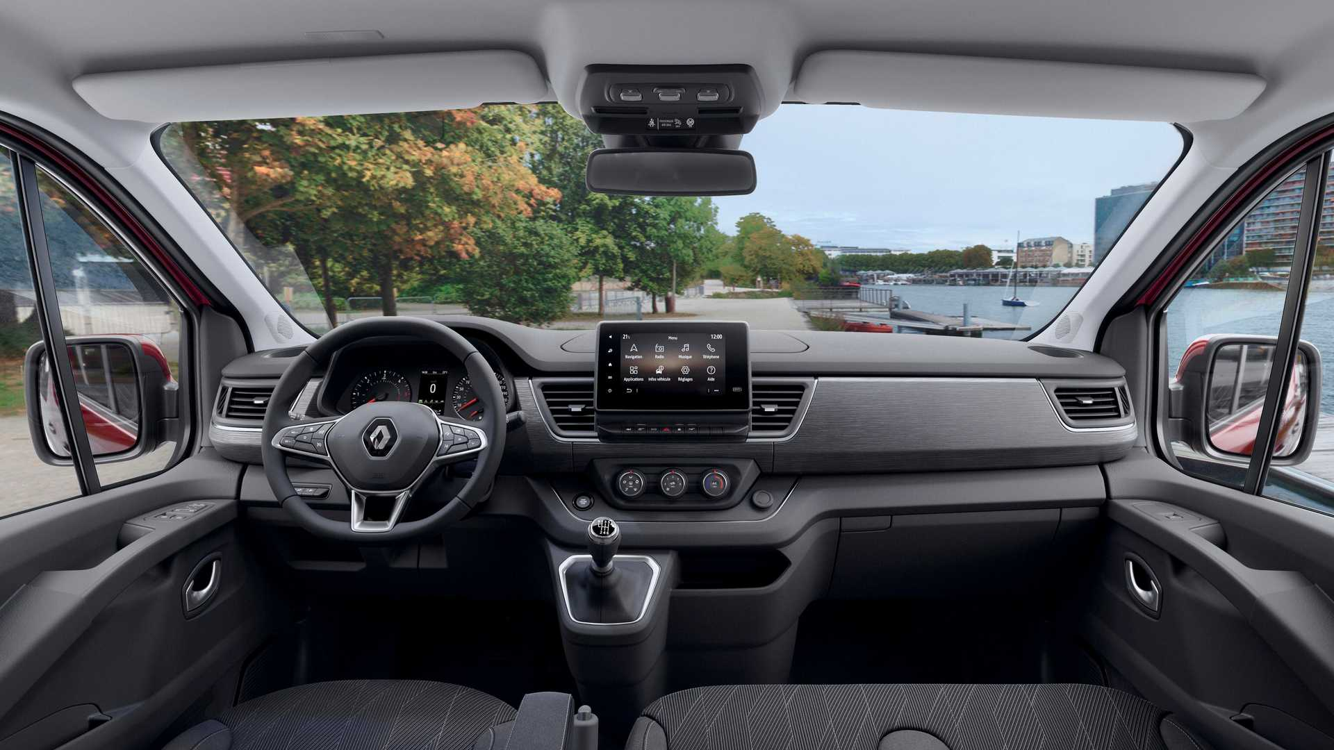 2020-renault-trafic-facelift-interior
