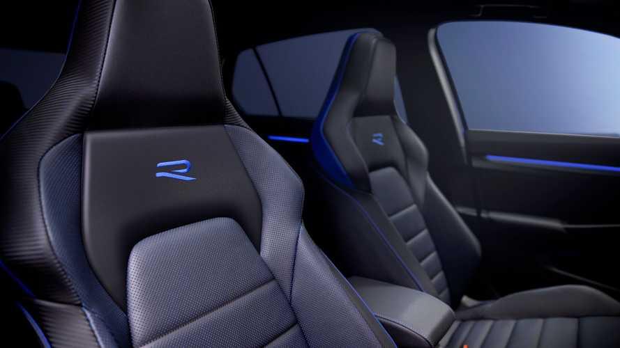 2022-volkswagen-golf-r-interior (2)