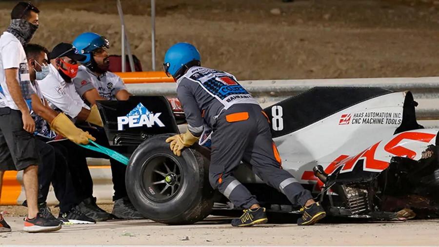 grosjean-romain-f1-crash-201129-1180