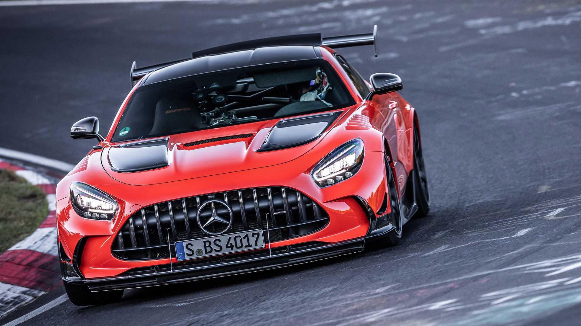 mercedes-amg-gt-black-series-nurburgring-record